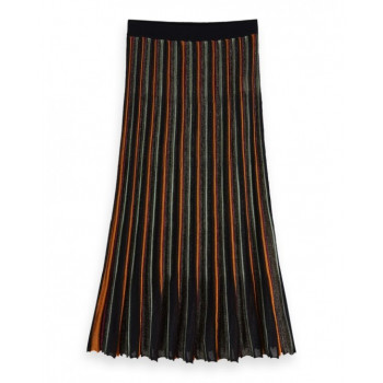 Pleated midi lenghth skirt